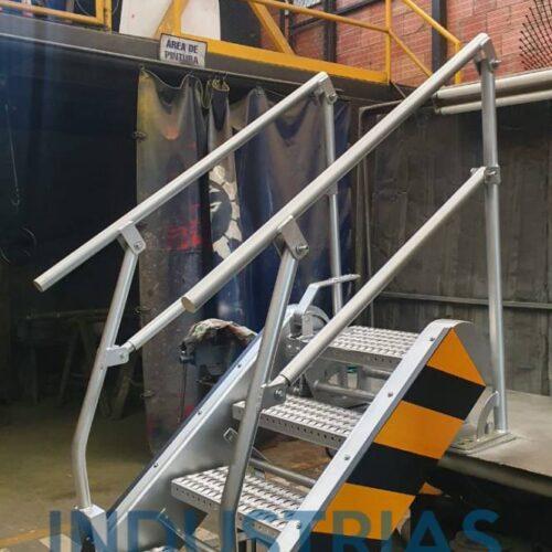 Fabricación de escaleras basculantes 5